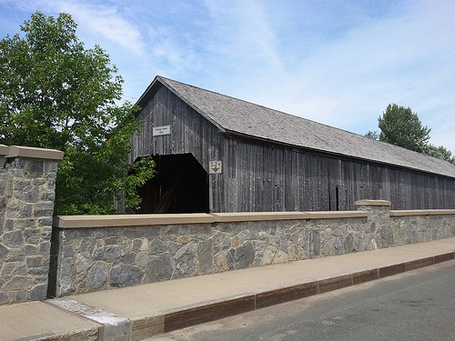 Made it to Darlings Island... Old covered bridge was replaced by more sturdy new one...